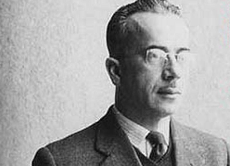El Poeta Gonzalo Rojas en su juventud.