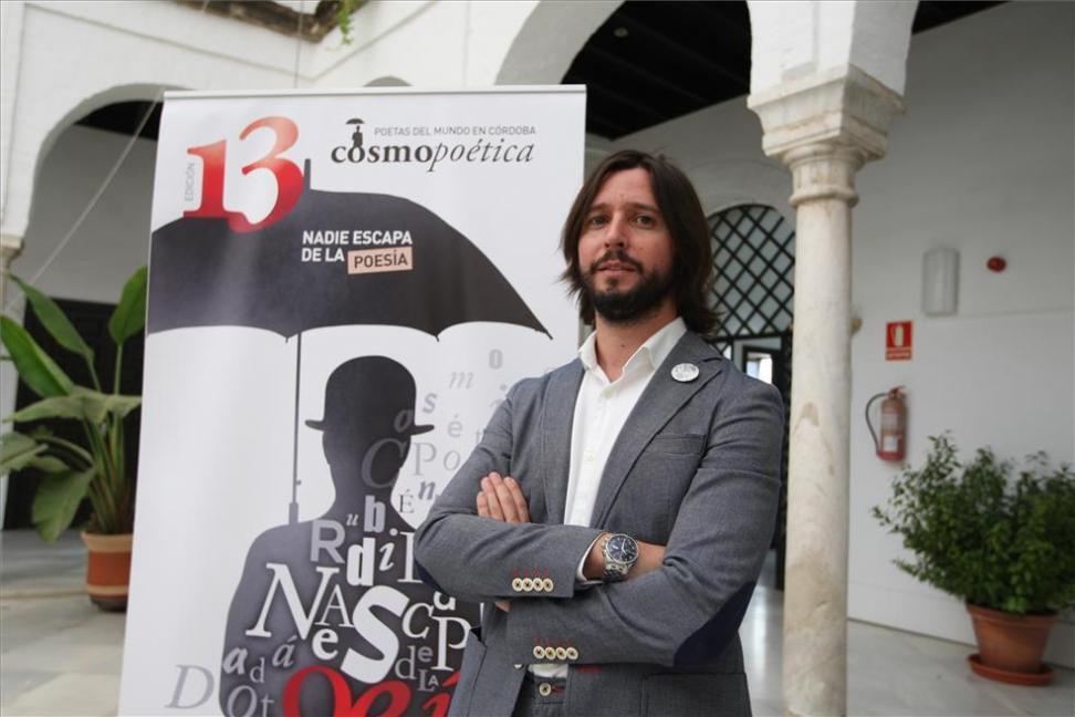 El poeta español José Ignacio Montoto, quien fue director del Festival Cosmopoética de España.