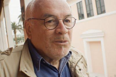El escritor Patrick Rosas.