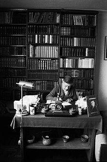 El poeta Washington Delgado. Crédito de la foto: ICPNA