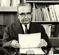 El escritor Luis E. Valcárcel.