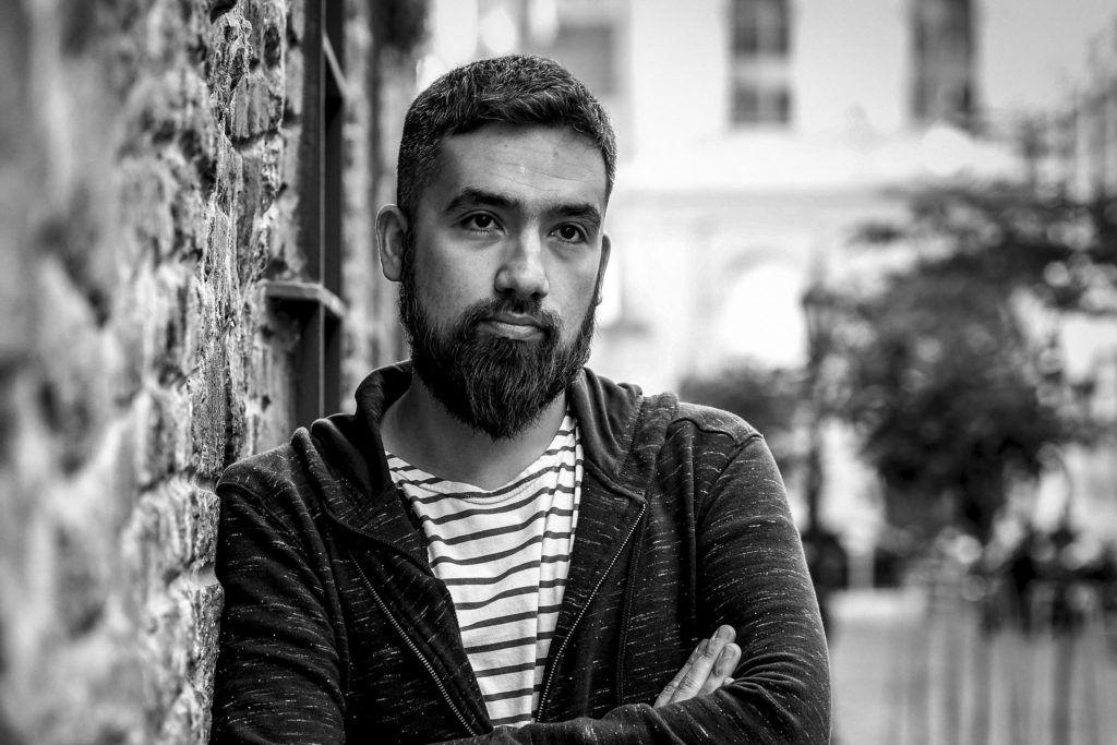 El poeta Juan Rapacioli. Crédito de la foto: Florencia Downes