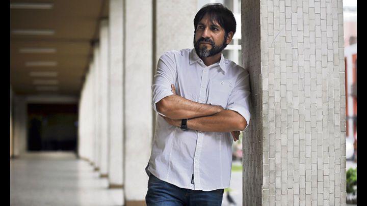 El escritor Leonardo Aguirre