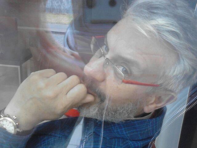 El poeta Dimitris Juliarakis